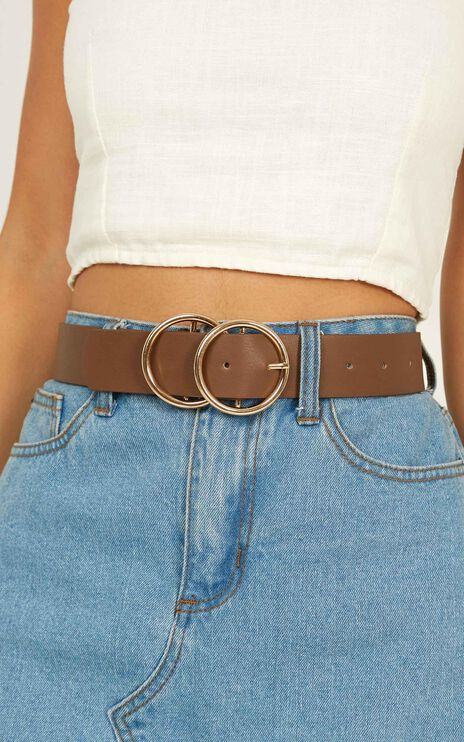 Midnight Charm Belt In Chocolate And Gold