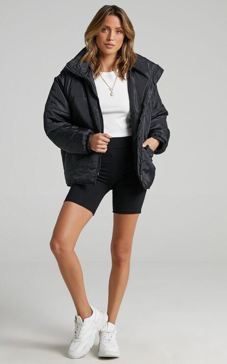Markle Puffer Jacket in Black