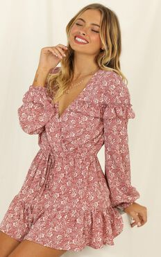 Making Me Nervous Playsuit In Rose Floral