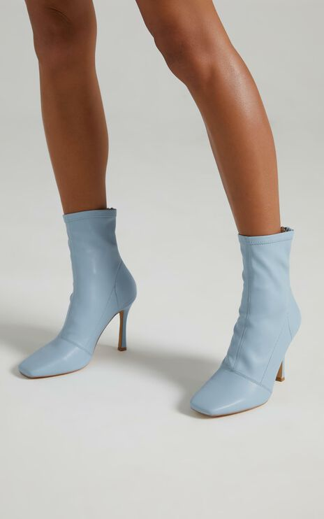 Therapy - Yasmeen Boots in Powder Blue