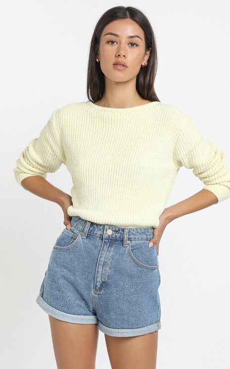 Tabitha Knit Jumper in Pastel Yellow