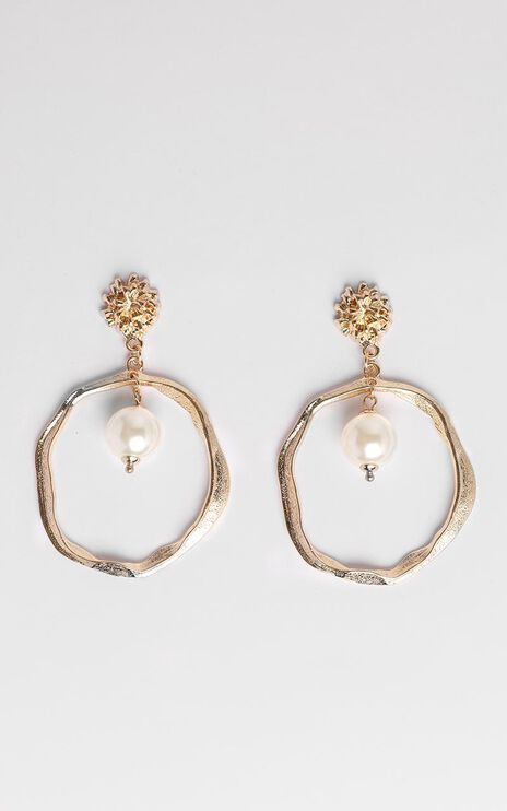JT Luxe - Eternal Allure Drop Pearl Earrings in Gold