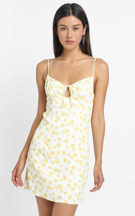 Pleasant View Dress in yellow