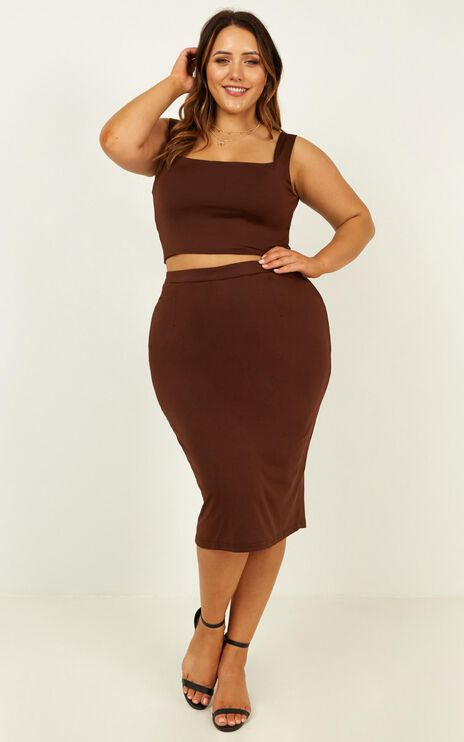 Start Feeling Two Piece Set In Chocolate