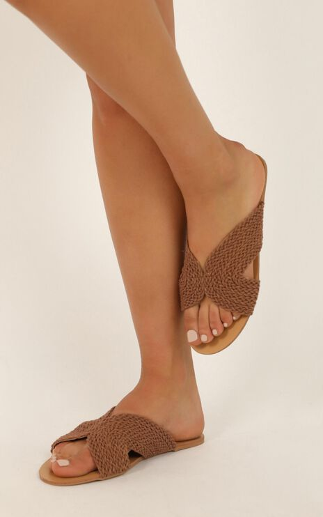 Billini - Astor Slides In Tan Woven