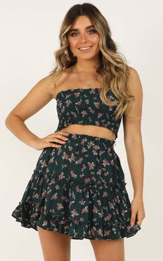 Outside The Line Two Piece Set In Emerald Floral