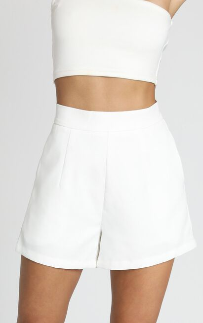 Along The Ride shorts in white - 20 (XXXXL), White, hi-res image number null