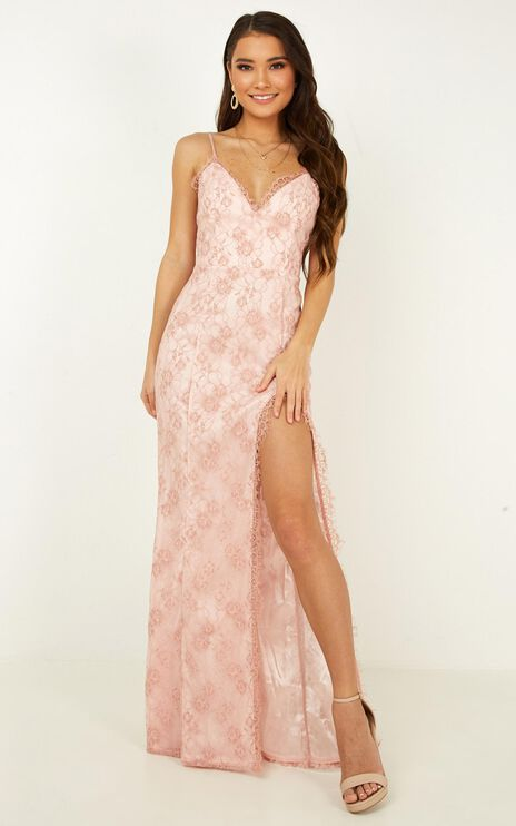 Stay Flow Dress In Blush Lace