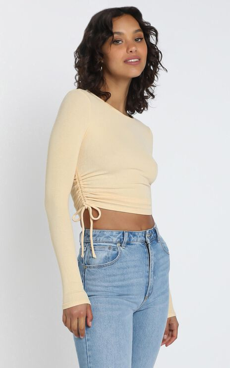 Hetty Top in Yellow