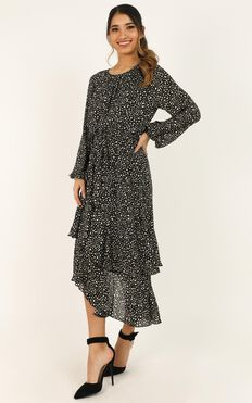 Start And End Dress In Black Print