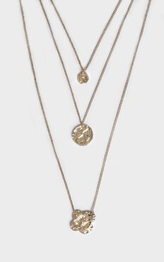 Layer It Up Necklace In Gold
