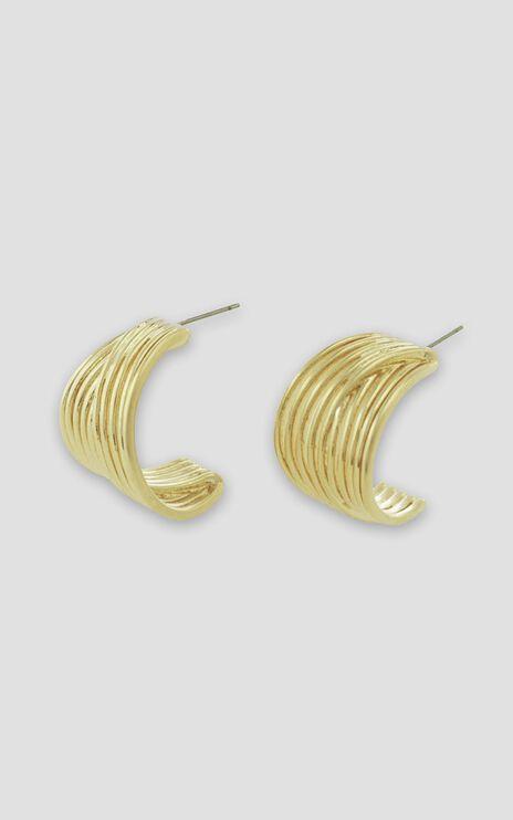 Jolie & Deen - Kayla Hoop Earrings in Gold