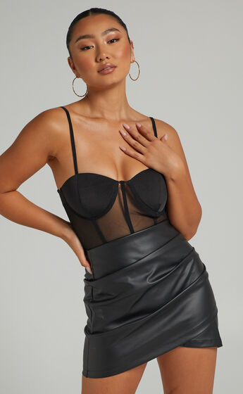 Elvera Bodysuit in Black