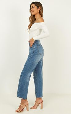 Gwen Jeans In Bright Blue Wash
