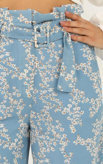 Hanging Flowers Pants In blue floral - 12 (L), Blue, hi-res image number null