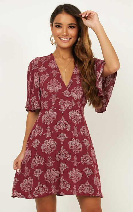 Beginners Luck Dress In Wine Paisley Print