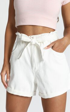 Another Language Shorts In White Denim