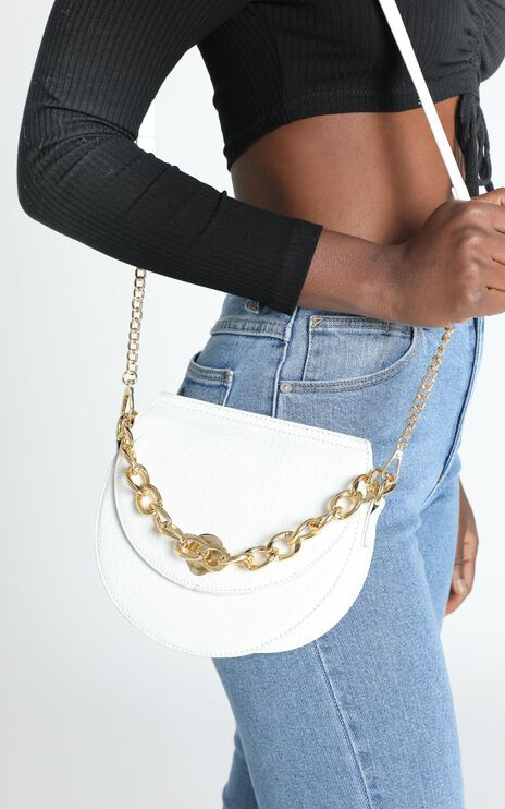 Best Pair Chain Sling Bag in white croc and gold