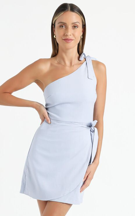 Keeping it together dress in Blue Linen Look