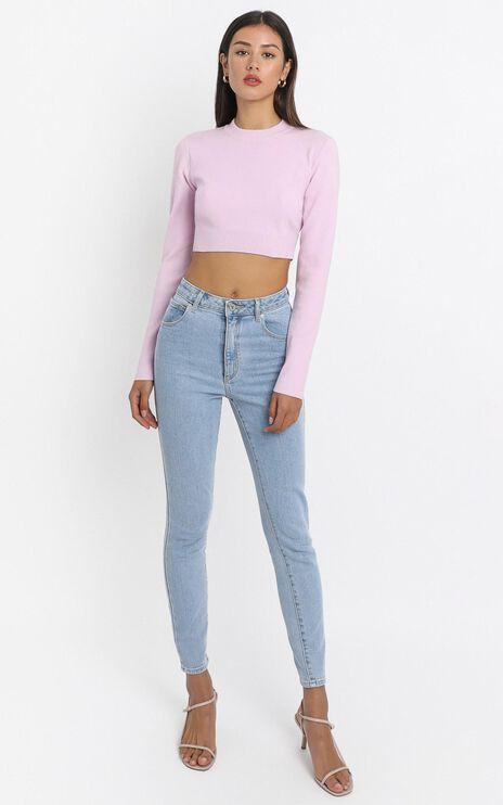 Model Off Duty Knit Top in Pink