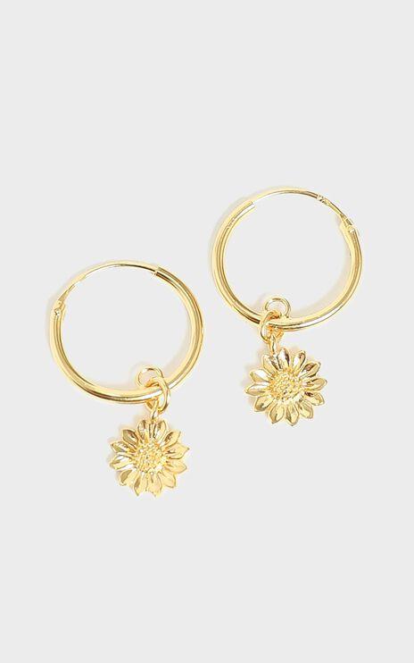 Midsummer Star - Delicate Sunflower Sleepers in Gold