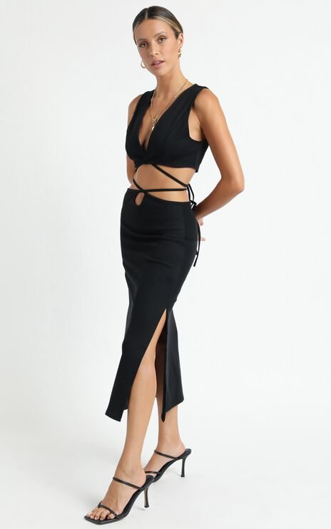 Twiin - Boa Midi Skirt in Black