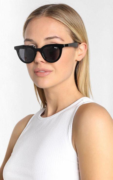 Roc - Sun Seeker Sunglasses in Black