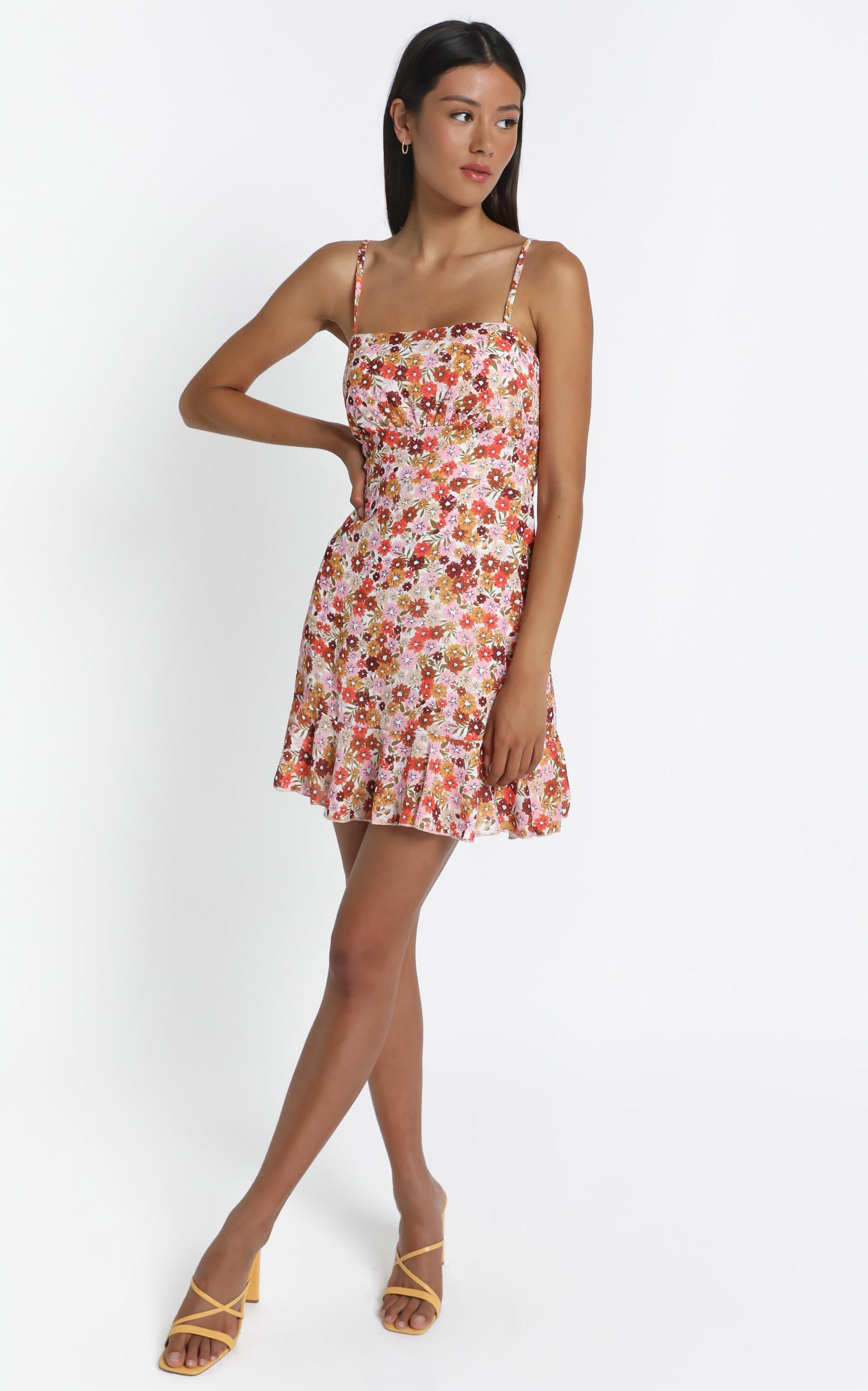 Falling In Love Dress In Sahara Ditsy Floral Print- 6 (XS), Orange, hi-res image number null