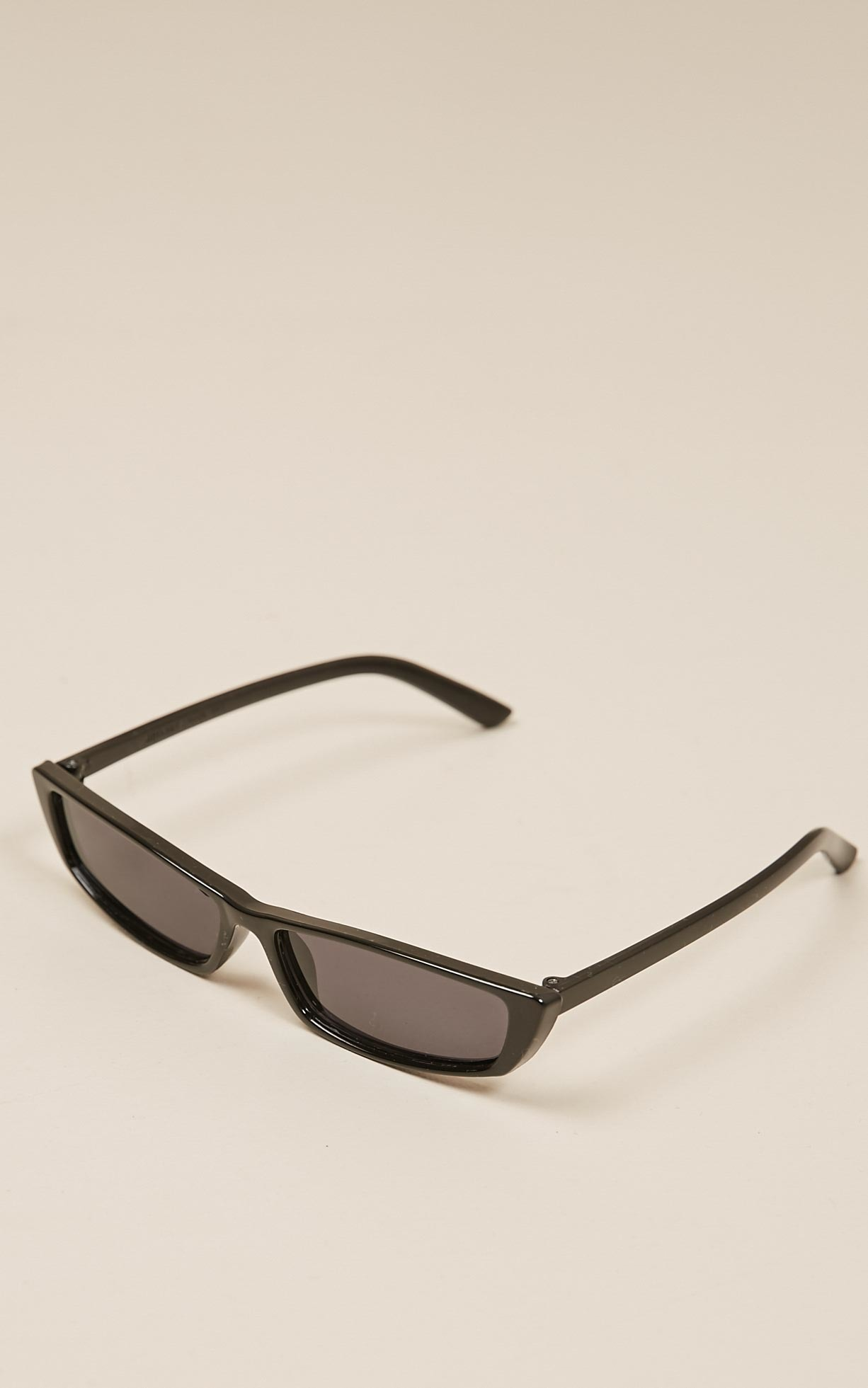 Chasing You fashion glasses in black , , hi-res image number null