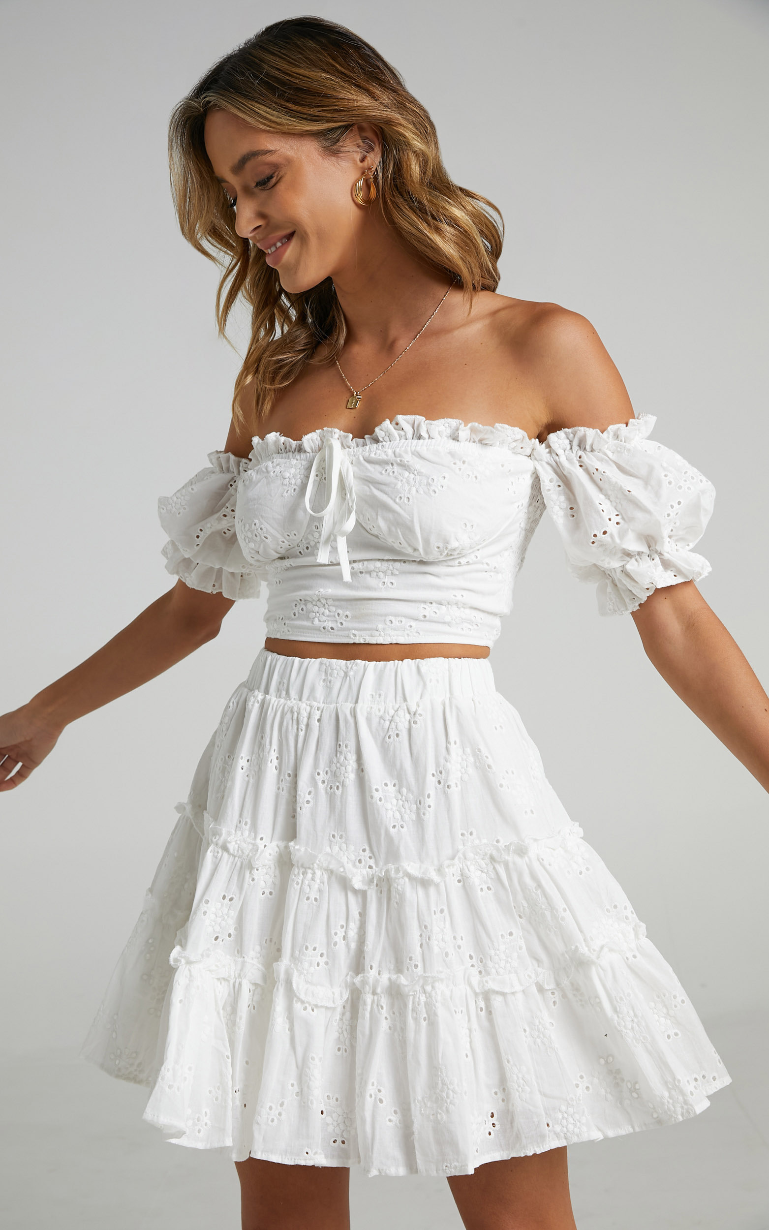 Hallie two piece set in White Embroidery - 06, WHT1, hi-res image number null