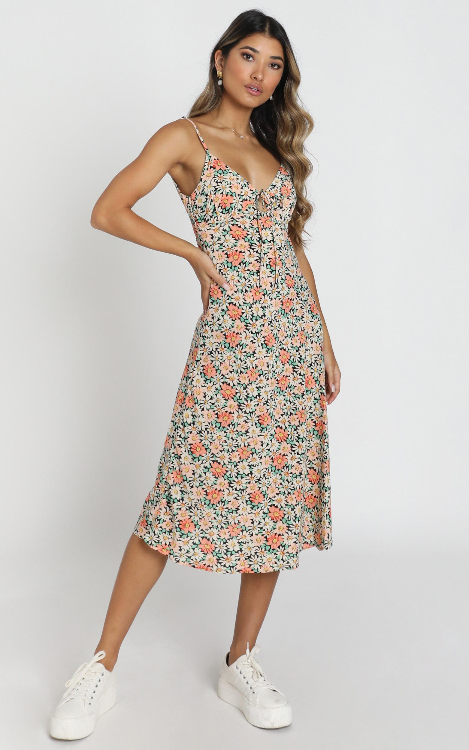 Toss The Dice Dress In Black Floral - 16 (XXL), Black, hi-res image number null