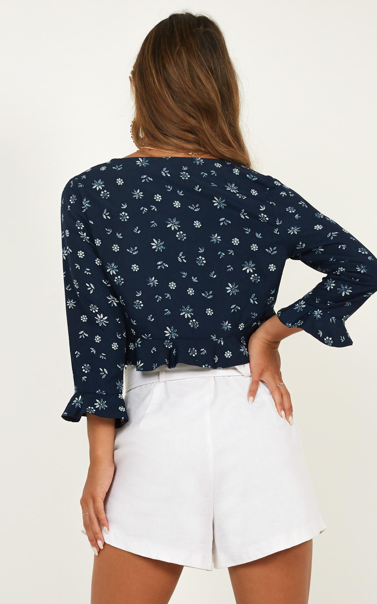 Frenemy Top in navy floral - 18 (XXXL), Navy, hi-res image number null