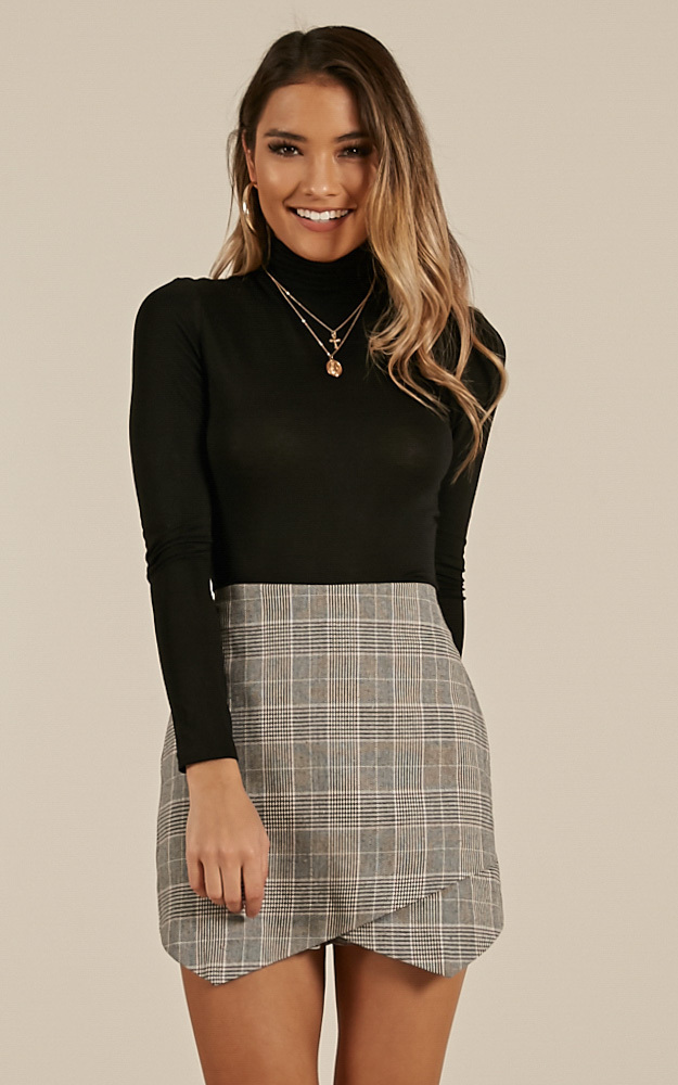 Lovers Betrayal Skort In Grey Check - 20 (XXXXL), Grey, hi-res image number null