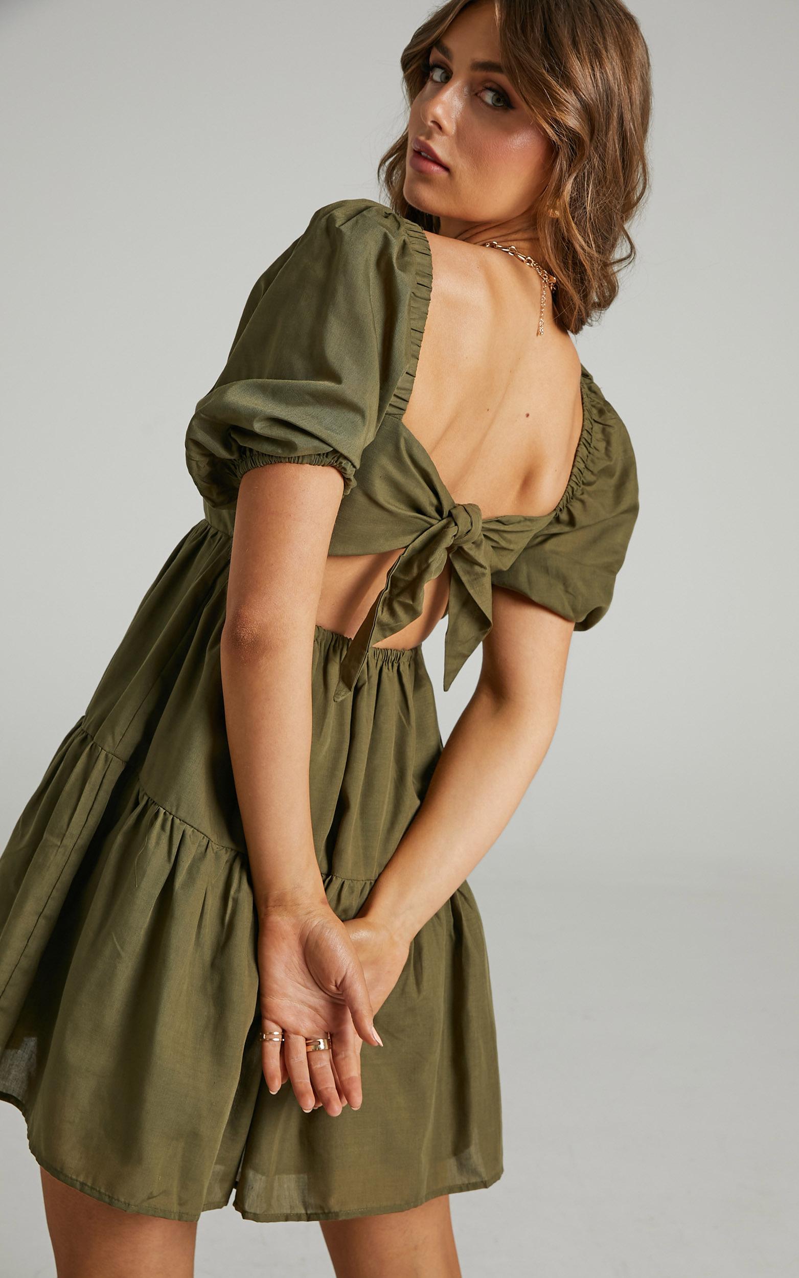 Hazel Short Sleeve Tiered Tie Back Smock Dress in Khaki - 06, GRN1, hi-res image number null
