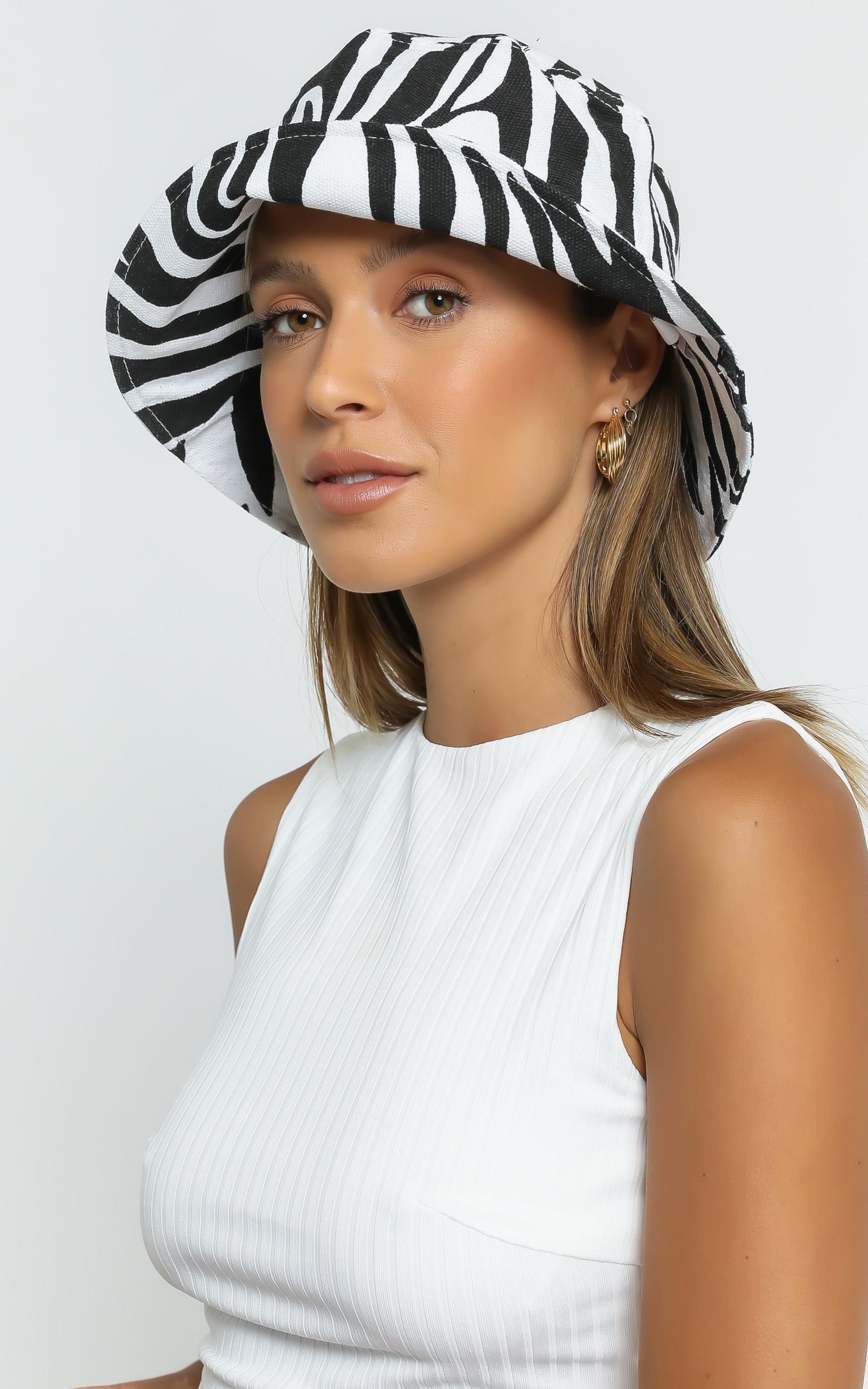 Lefki Hat in Zebra Print, , hi-res image number null