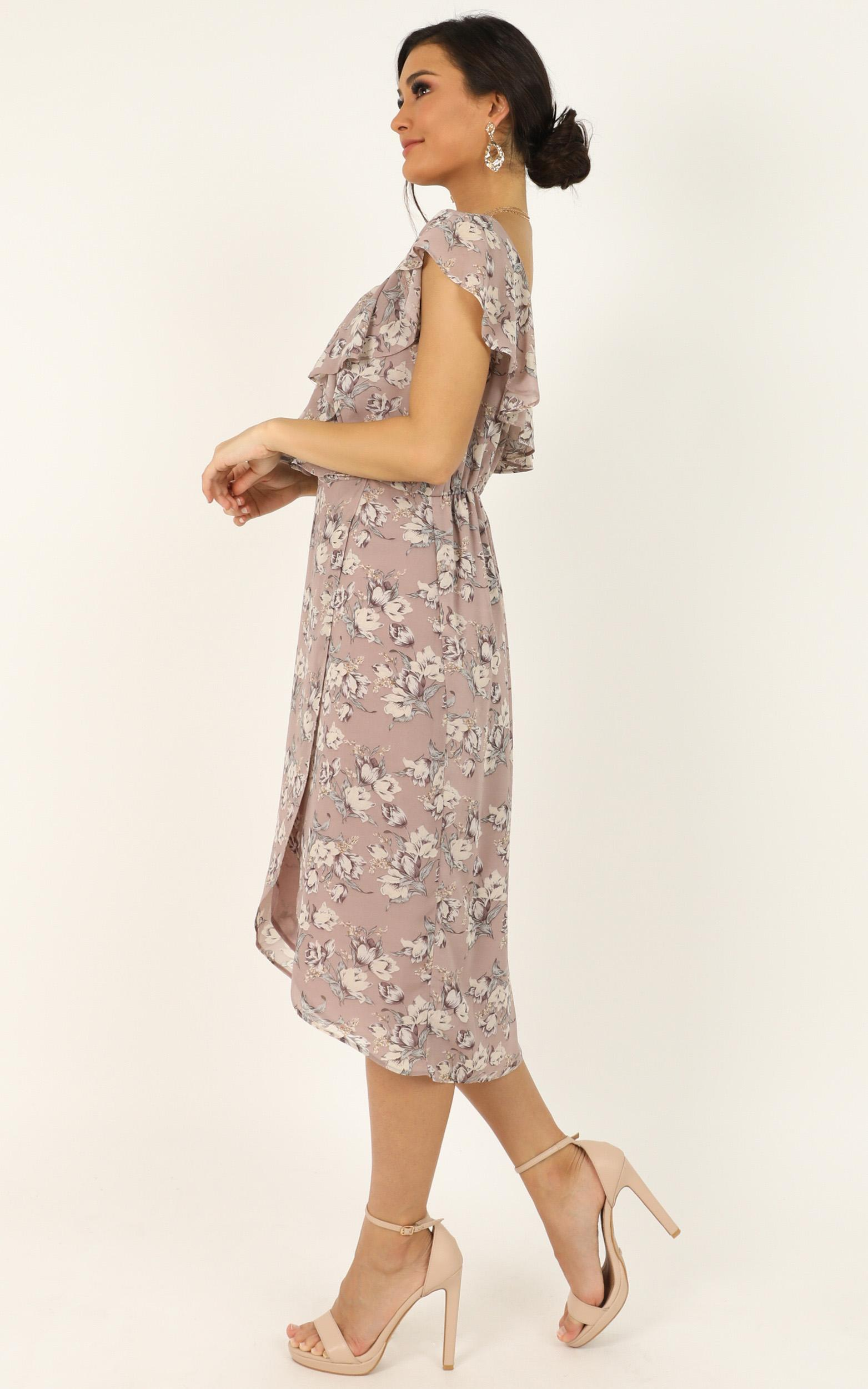 Journey To The Past Dress in mauve floral - 18 (XXXL), Pink, hi-res image number null