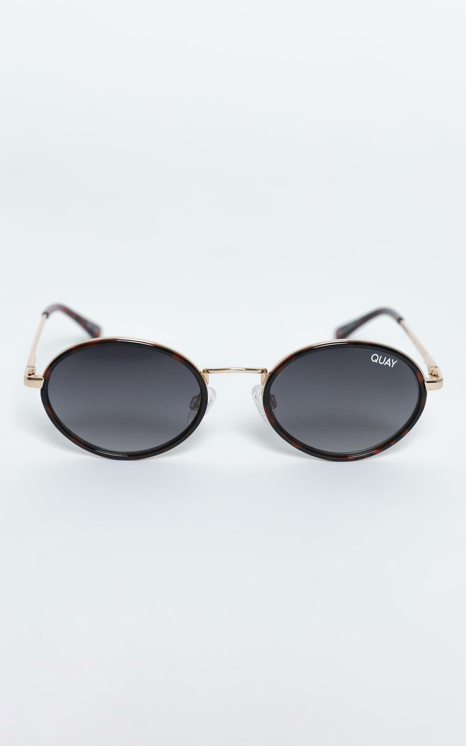 Quay - Line Up Sunglasses in Tort / Smoke, Brown, hi-res image number null