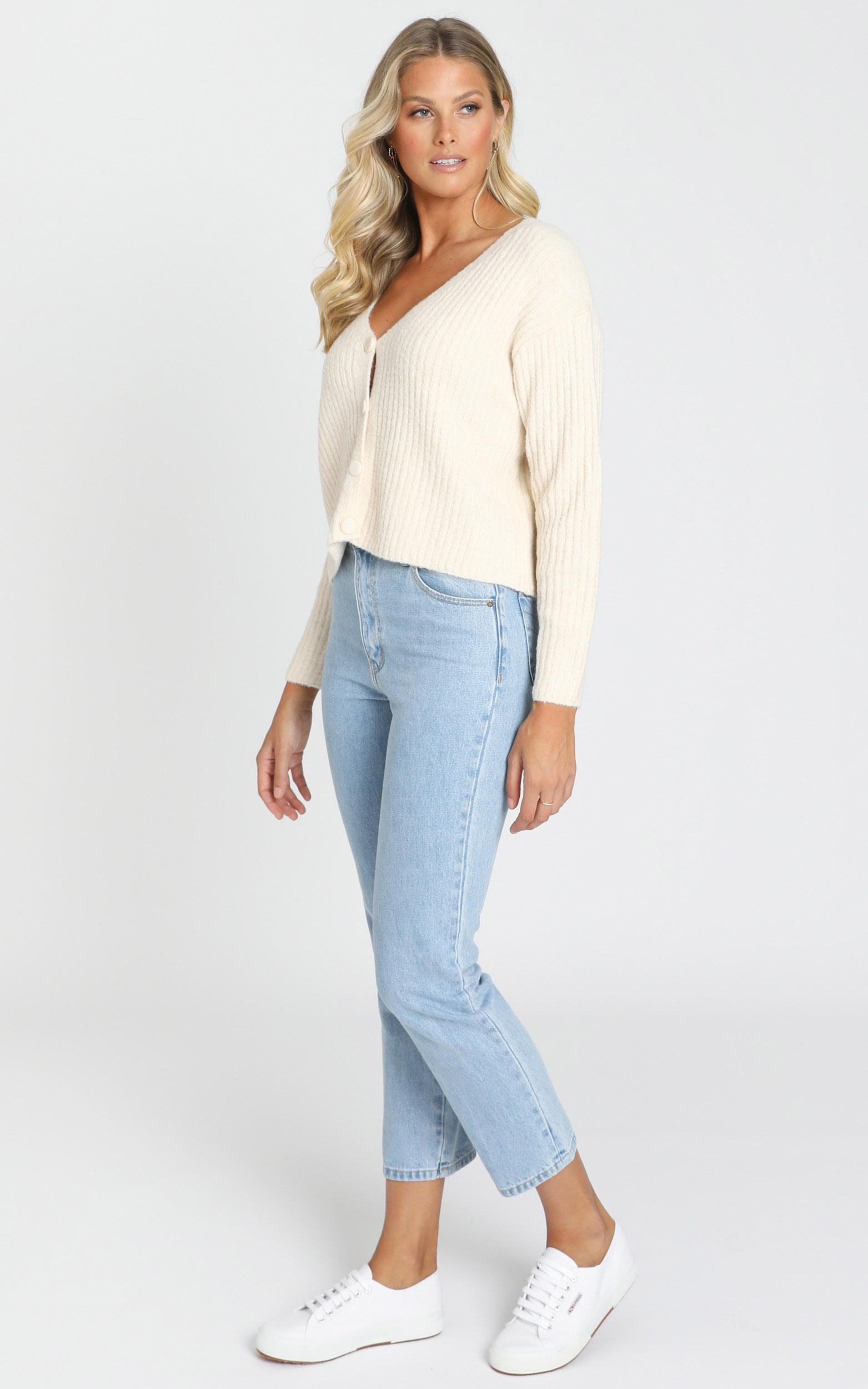Charlize Knitted Cardigan in latte - S/M, Cream, hi-res image number null
