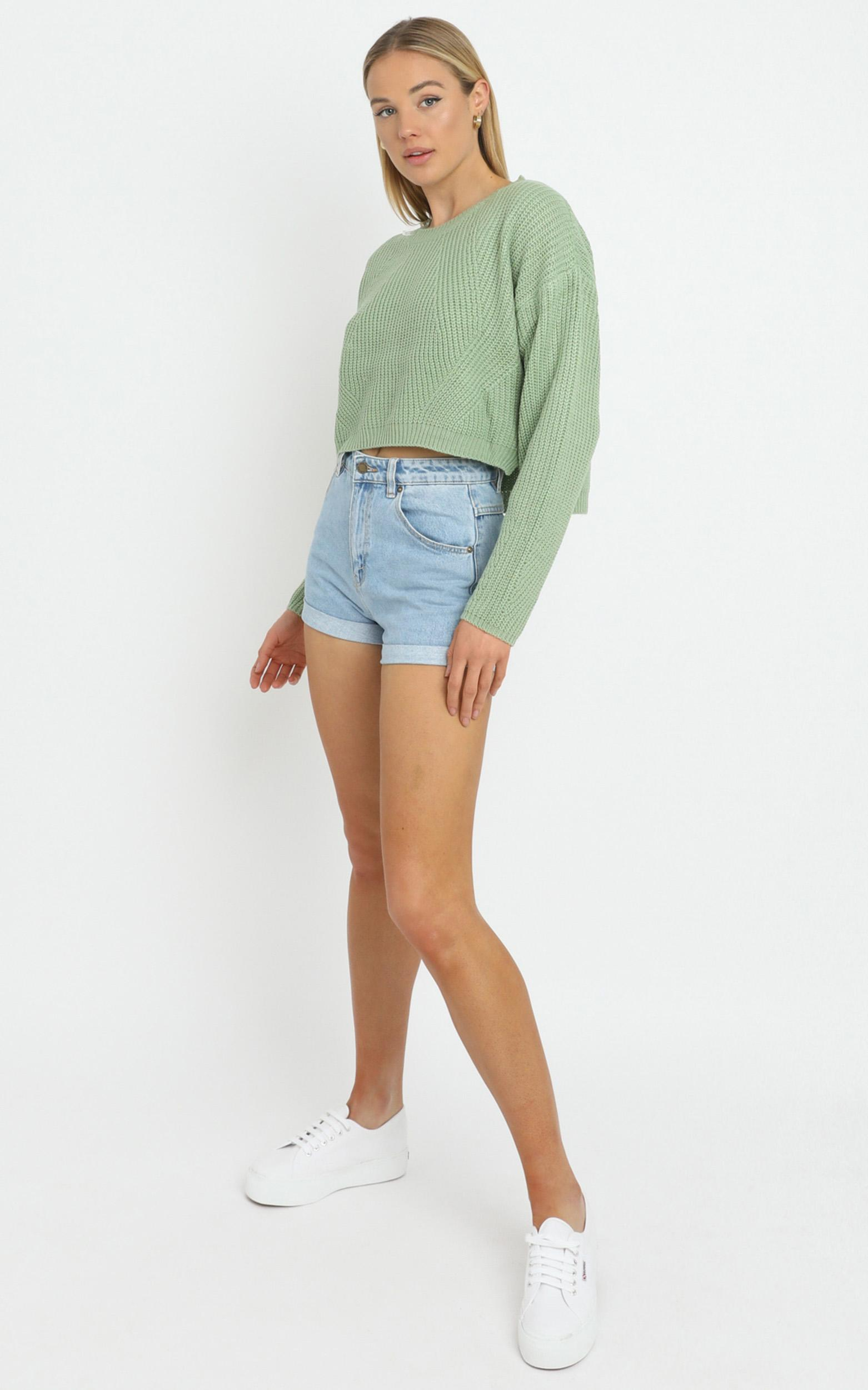 Frankie Cropped Boxy Knit in pistachio - M/L, Green, hi-res image number null