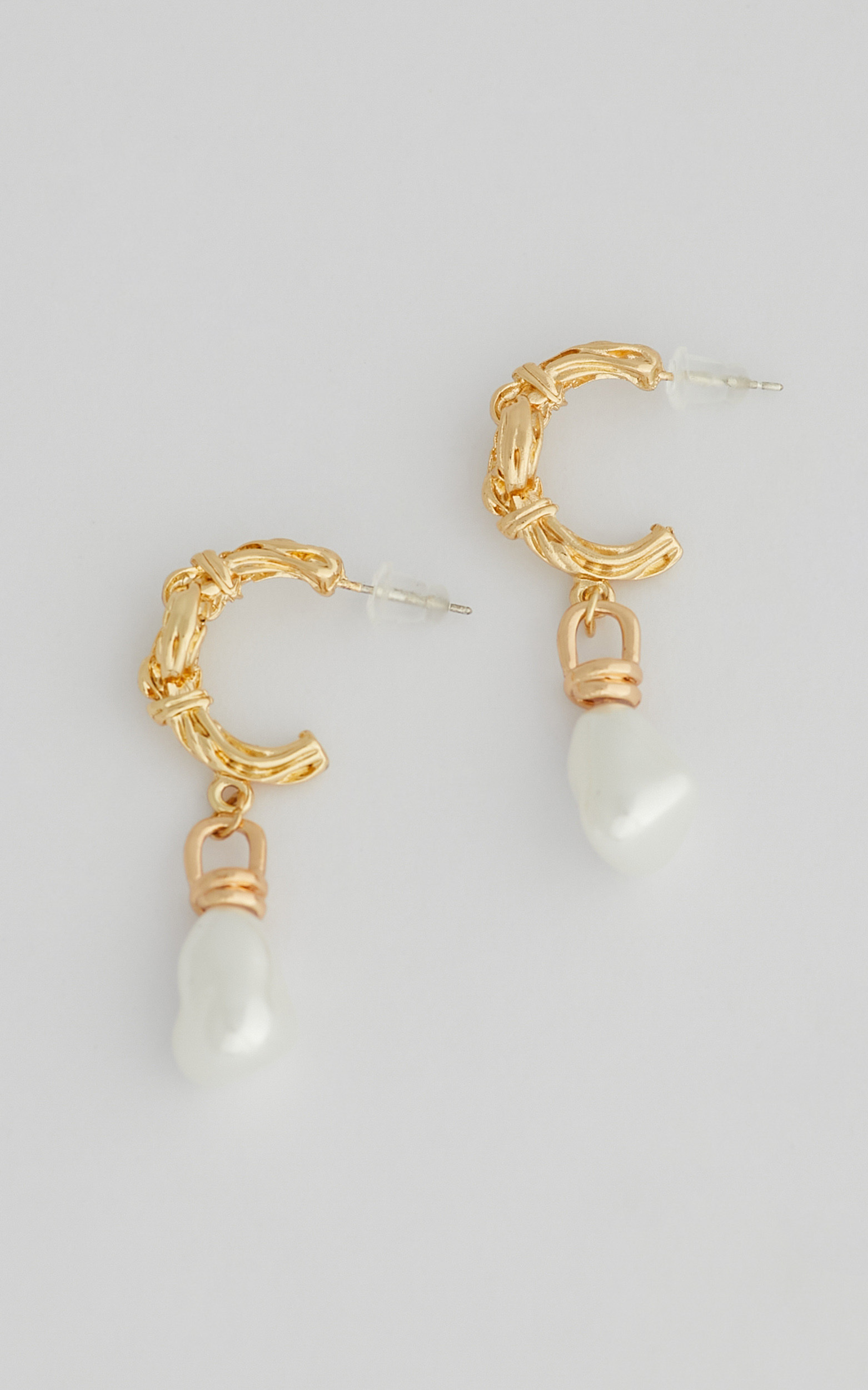 Theo Drop Pearl Earrings in Gold - NoSize, GLD1, hi-res image number null