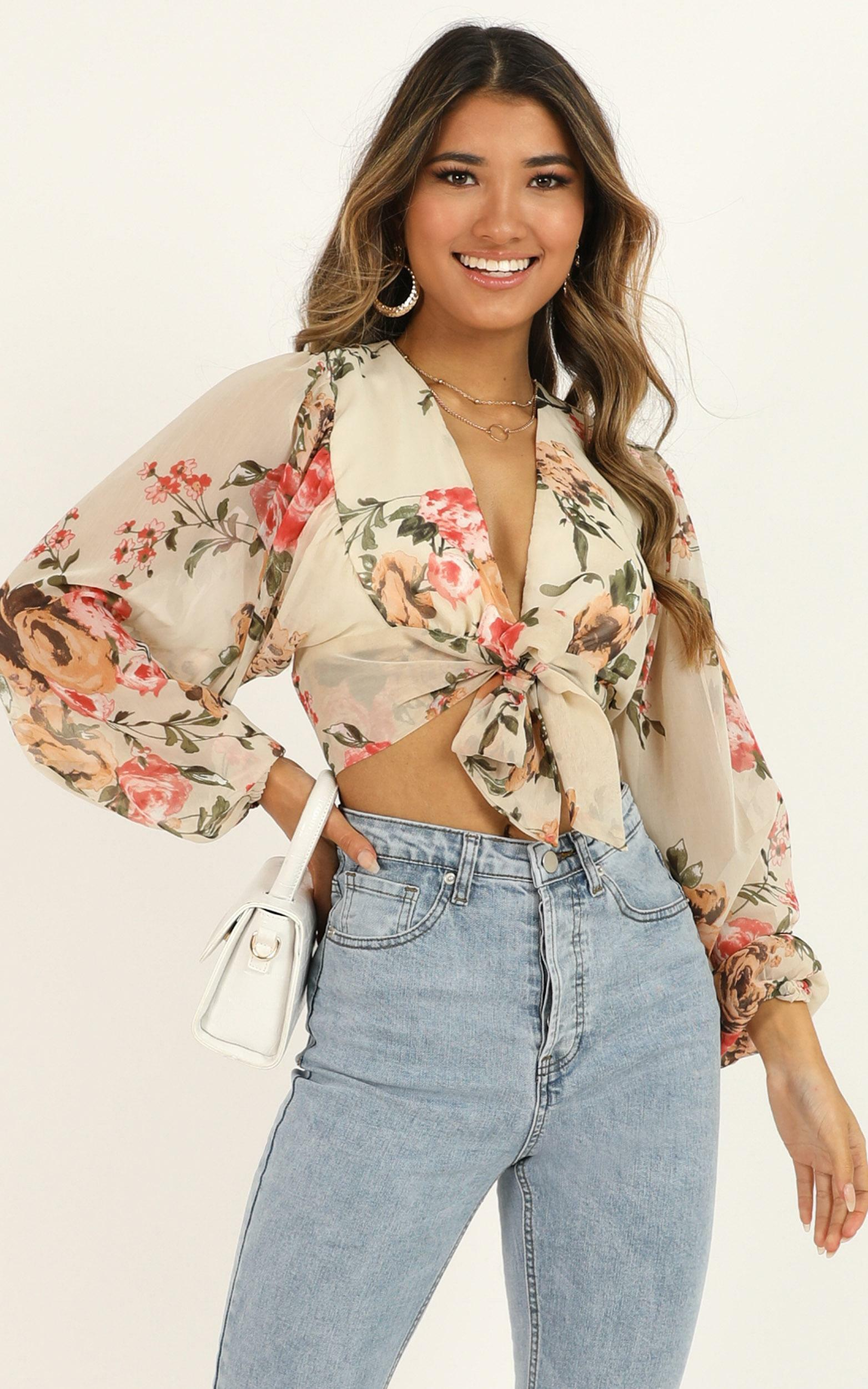 What More Can I Say Top in cream floral - 20 (XXXXL), Cream, hi-res image number null