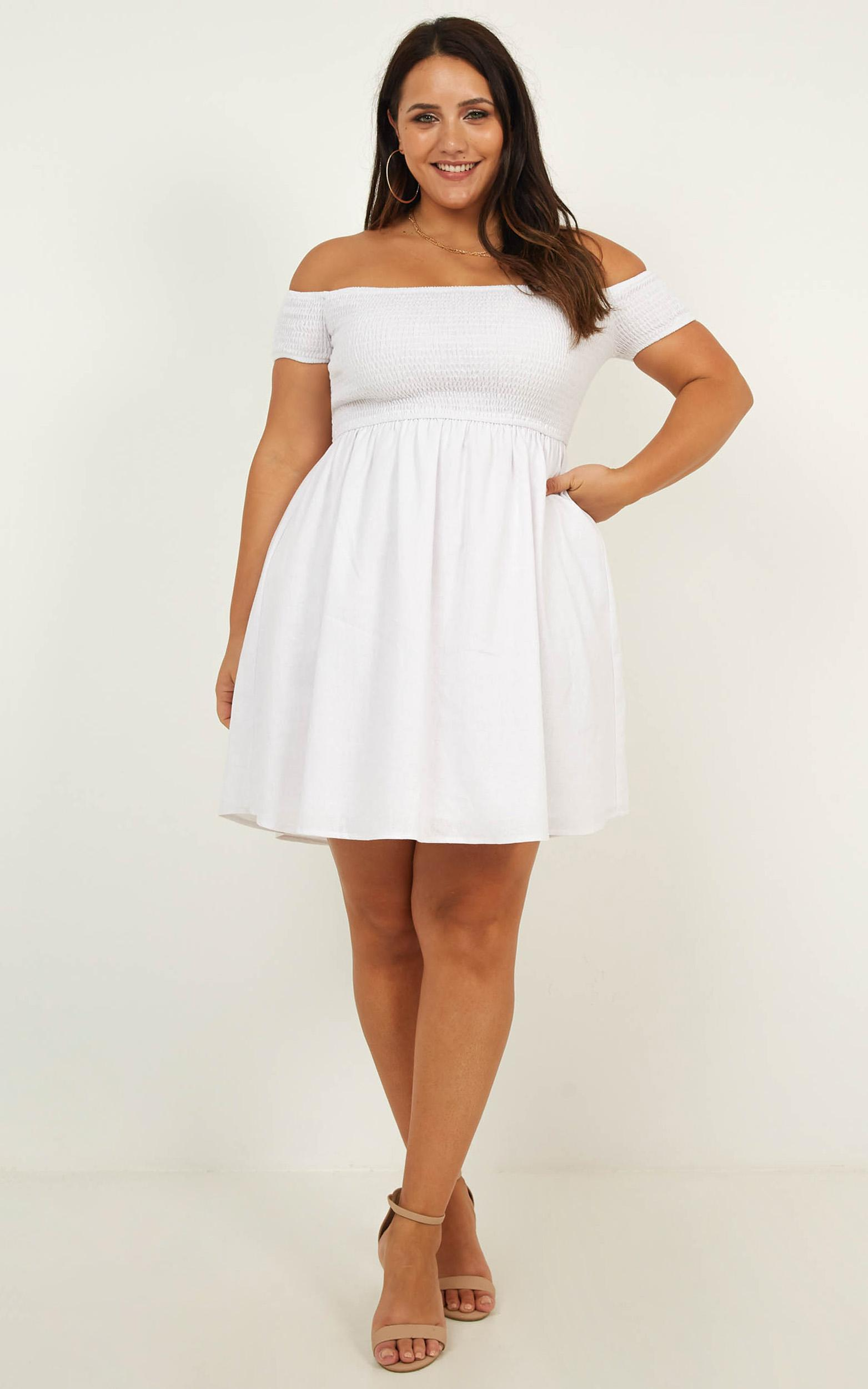 Cooler Than her Dress in white linen look - 20 (XXXXL), White, hi-res image number null