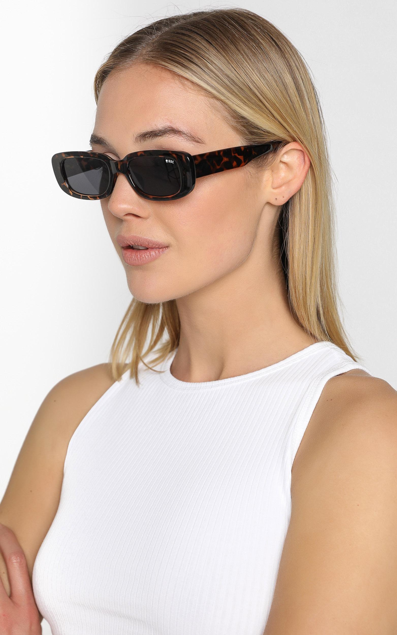 Roc - Creeper Sunglasses in Tortoiseshell, , hi-res image number null
