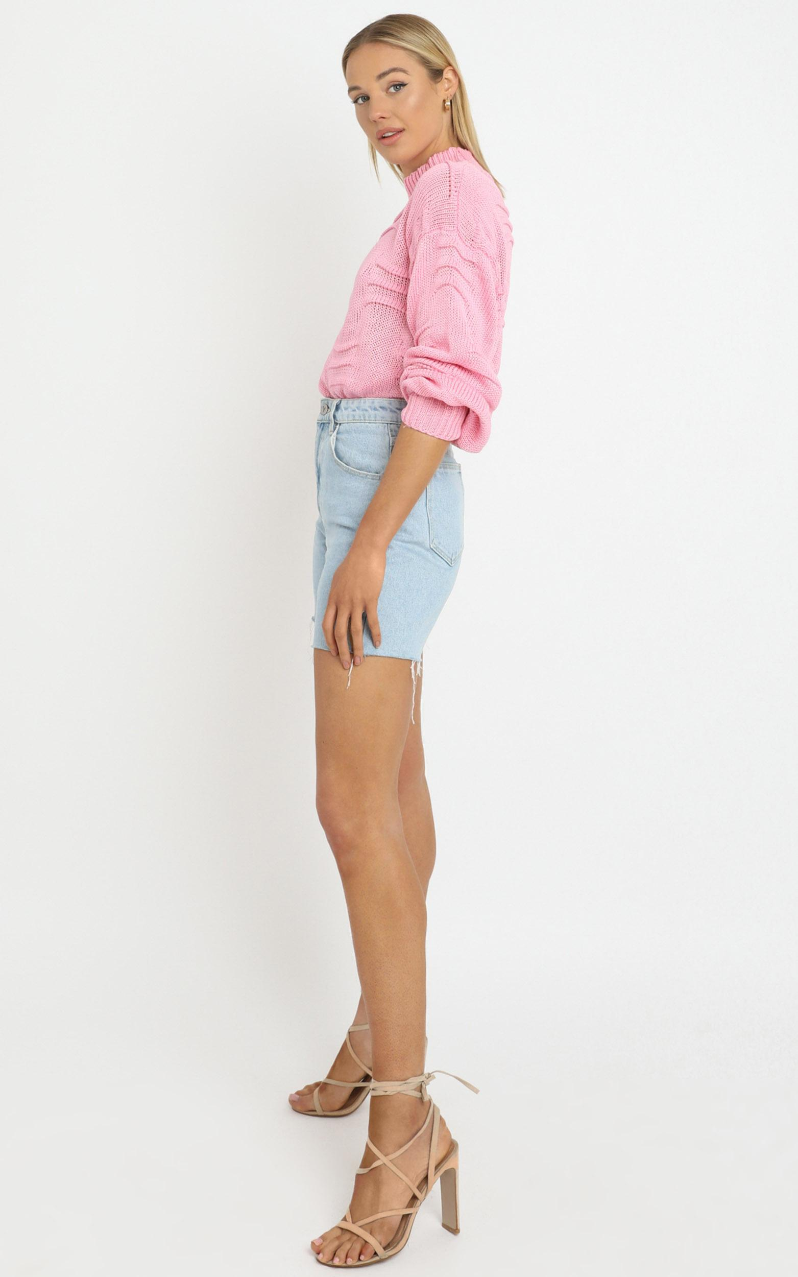 Laura Knit in Pink - M/L, Pink, hi-res image number null