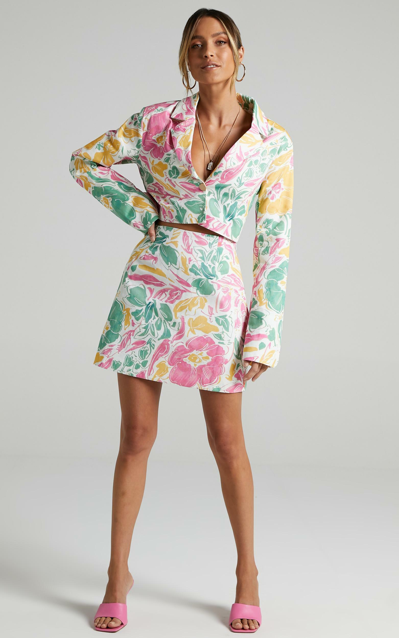 Tomira Two Piece Set in Electric Floral - 8 (S), Multi, hi-res image number null