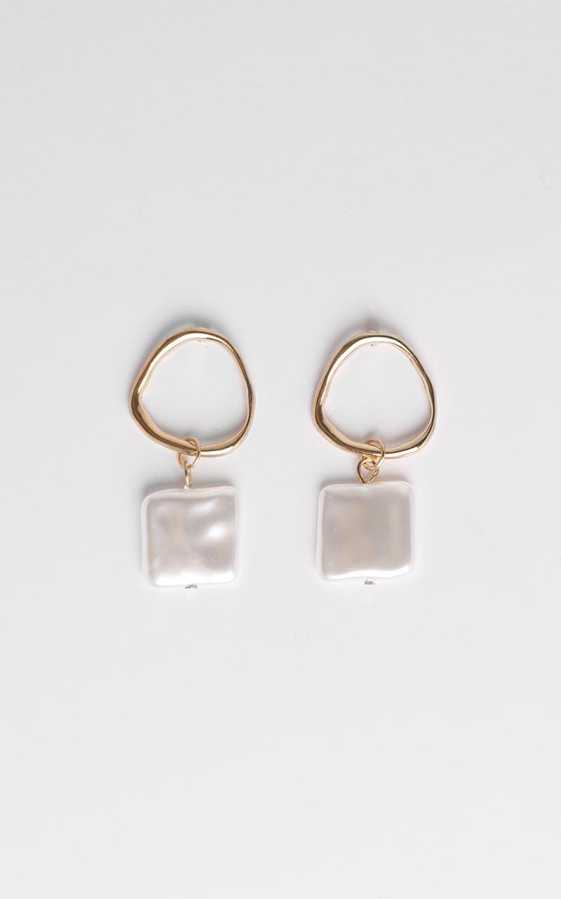 What I Wanna Earrings In Gold And Pearl, , hi-res image number null