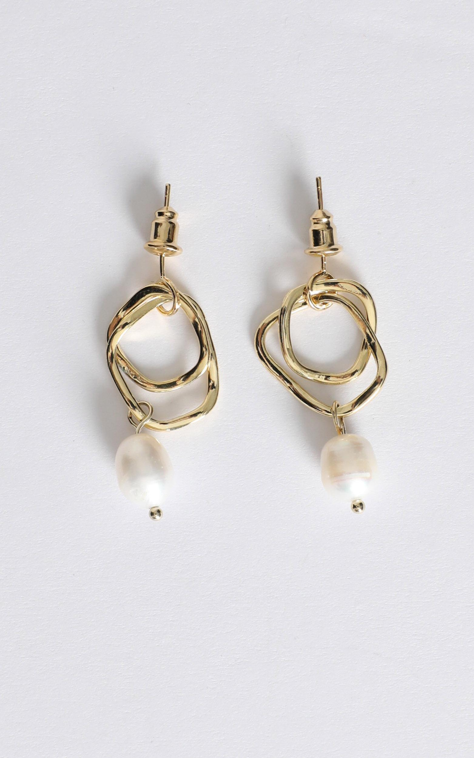 Flora Double Hoop Drop Earring in Gold And Pearl, , hi-res image number null