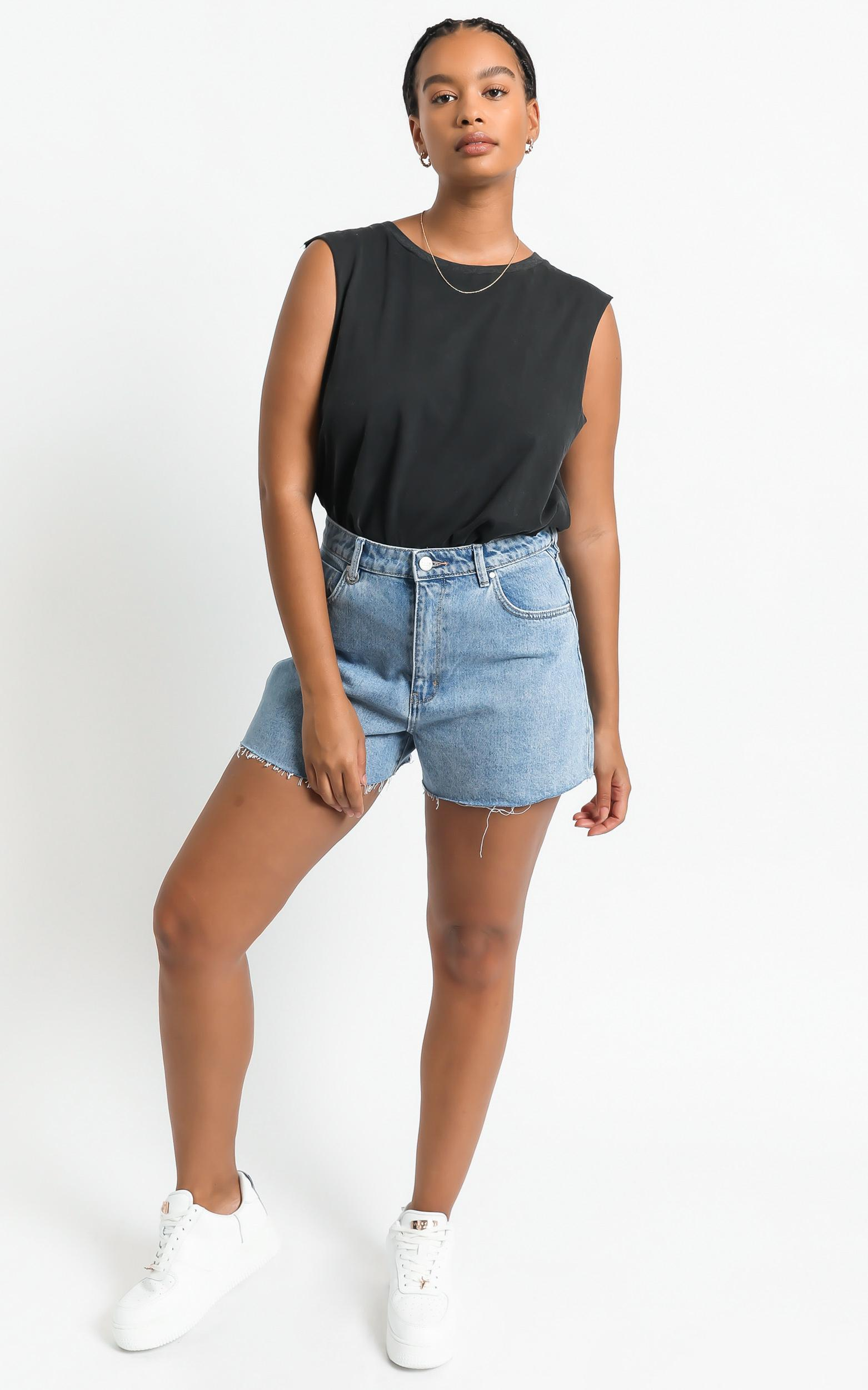 Gia Tee in Washed Black - 6 (XS), Black, hi-res image number null