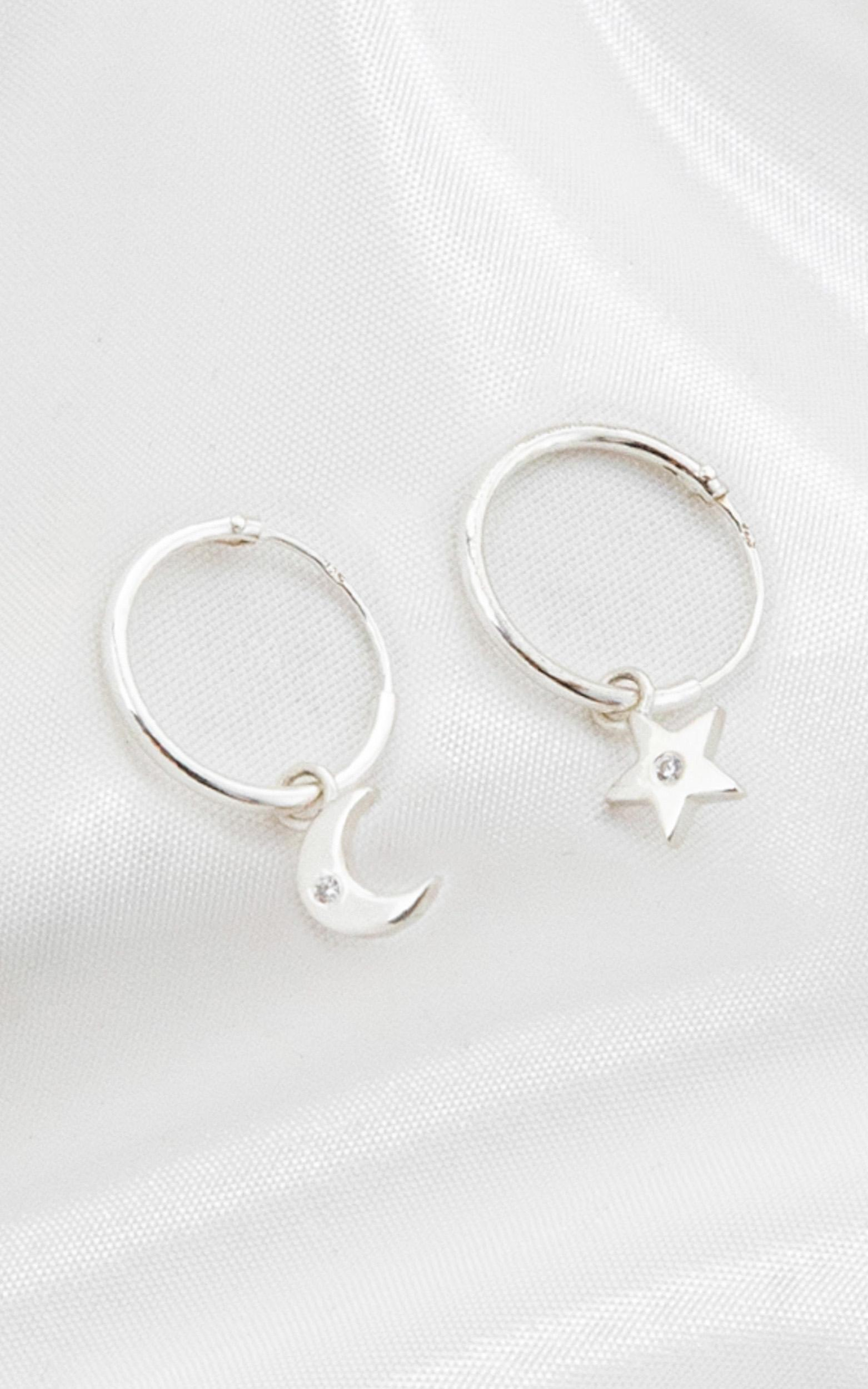 Midsummer Star - Sparkling Galaxy Sleeper Earrings In Silver, , hi-res image number null