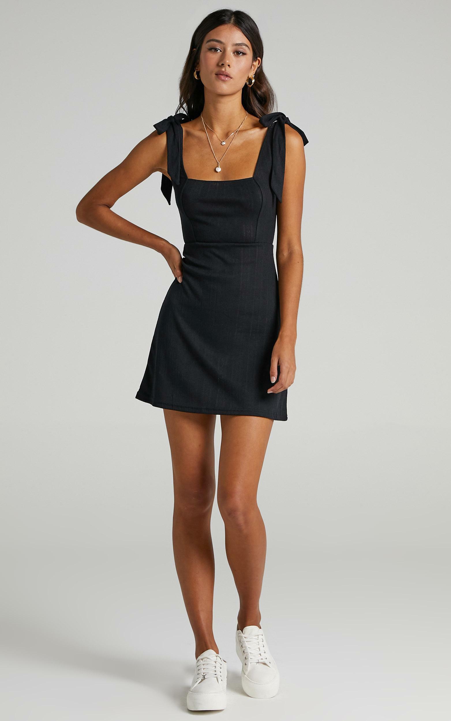Sadira Dress in Black - 6 (XS), Black, hi-res image number null